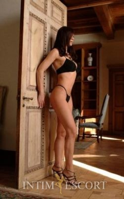 Sabrina escort-in-berlin-intim
